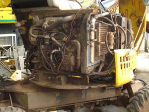 建設機械 エンジン 不具合